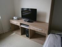 stolek pod televizi na míru
