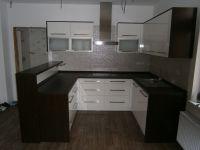 Moderní kuchyně Plzeň, kuchyň ve vysokém lesku