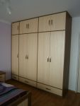 Ložnice - vestavné skříně